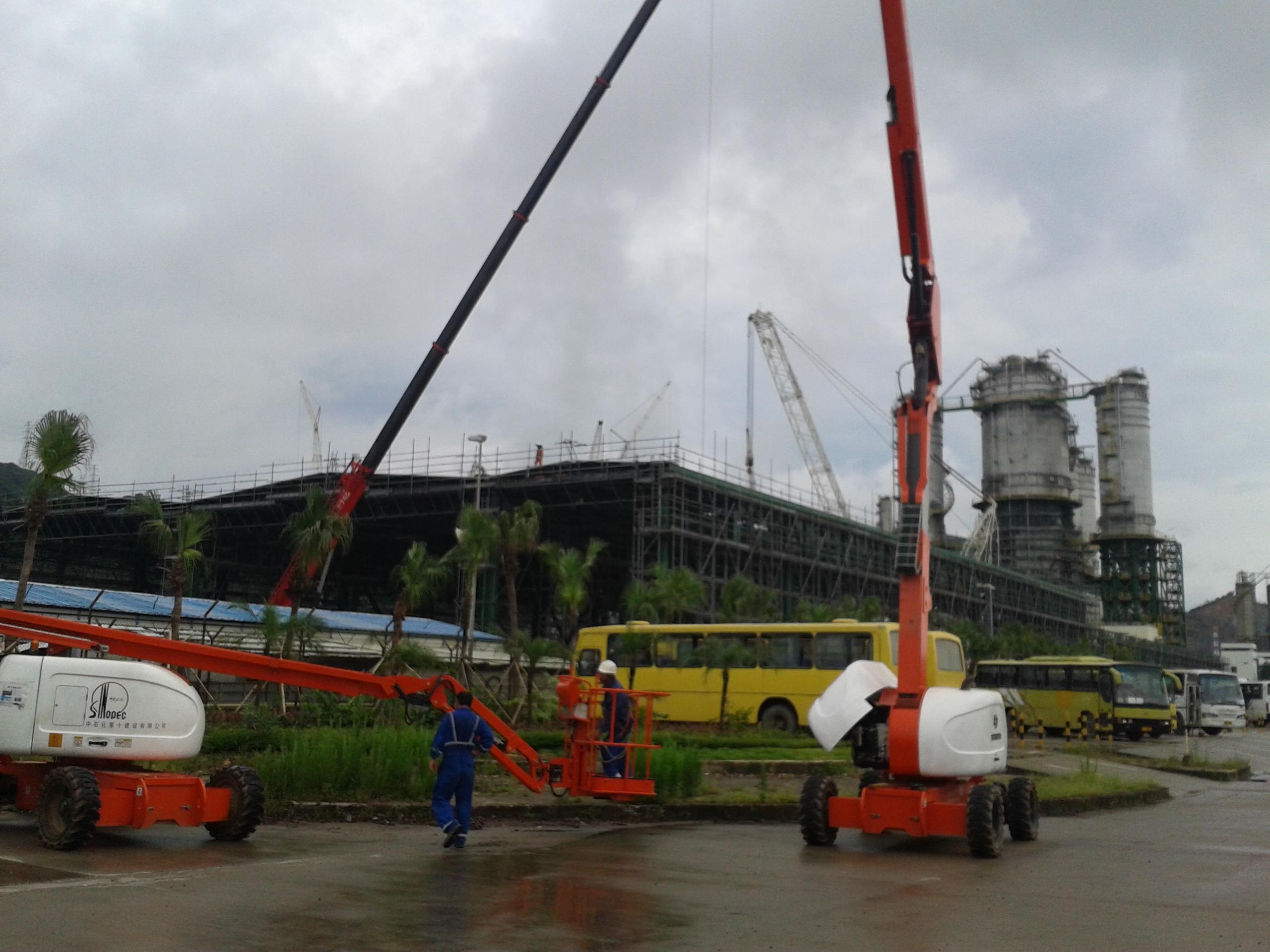 星邦重工GTZZ18J高空作业平台在珠海BP化工建设场地
